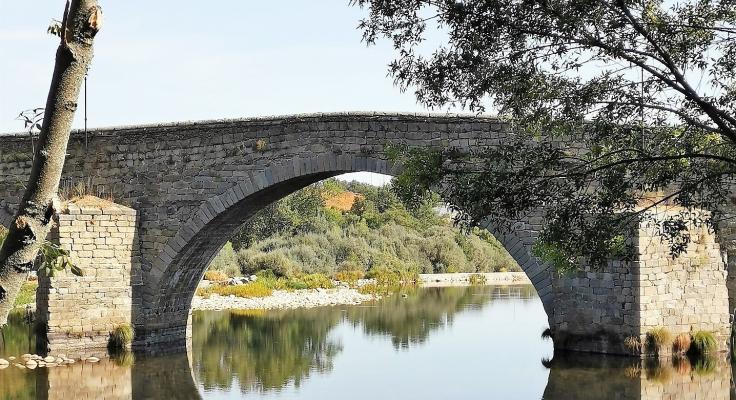 puente romano río Tormes Barco de Ávila