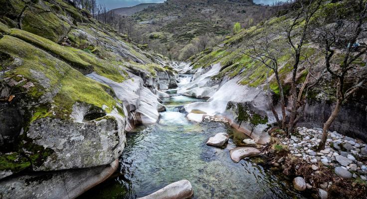 La energía del agua y la sierra en el lado norte del Valle del Jerte